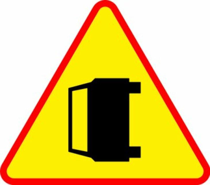 Uwaga - kolizje drogowe
