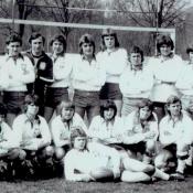 9. 9. Magdeburg, 17 IV 1976. Przed meczem juniorôw Polska - NRD, pierwsze zwyciestwo Polski, 4 od l. trener reprezentacji W. Michalak