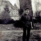 2. 1. Student, Toruń, przy Krzywej Wieży-