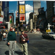 10. 11. Na Times Square, New York