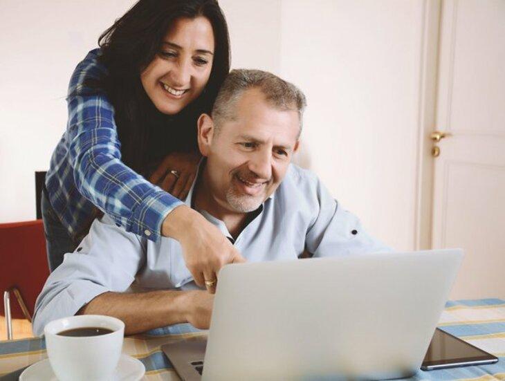 Czy można wziąć pożyczkę bez wychodzenia z domu?