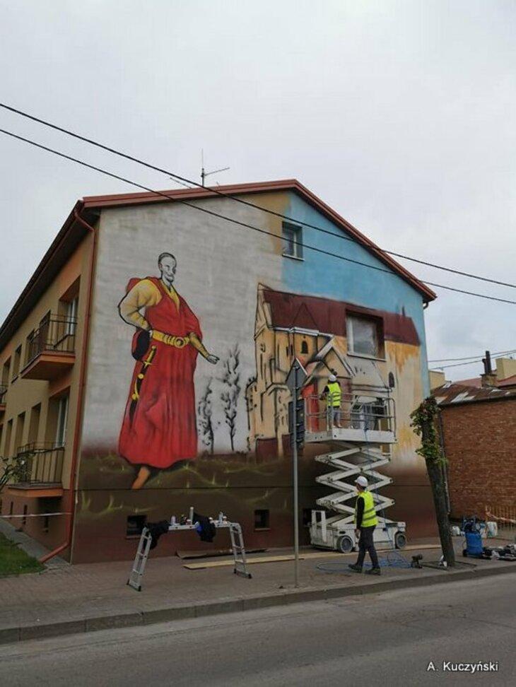 Pierwszy mural
