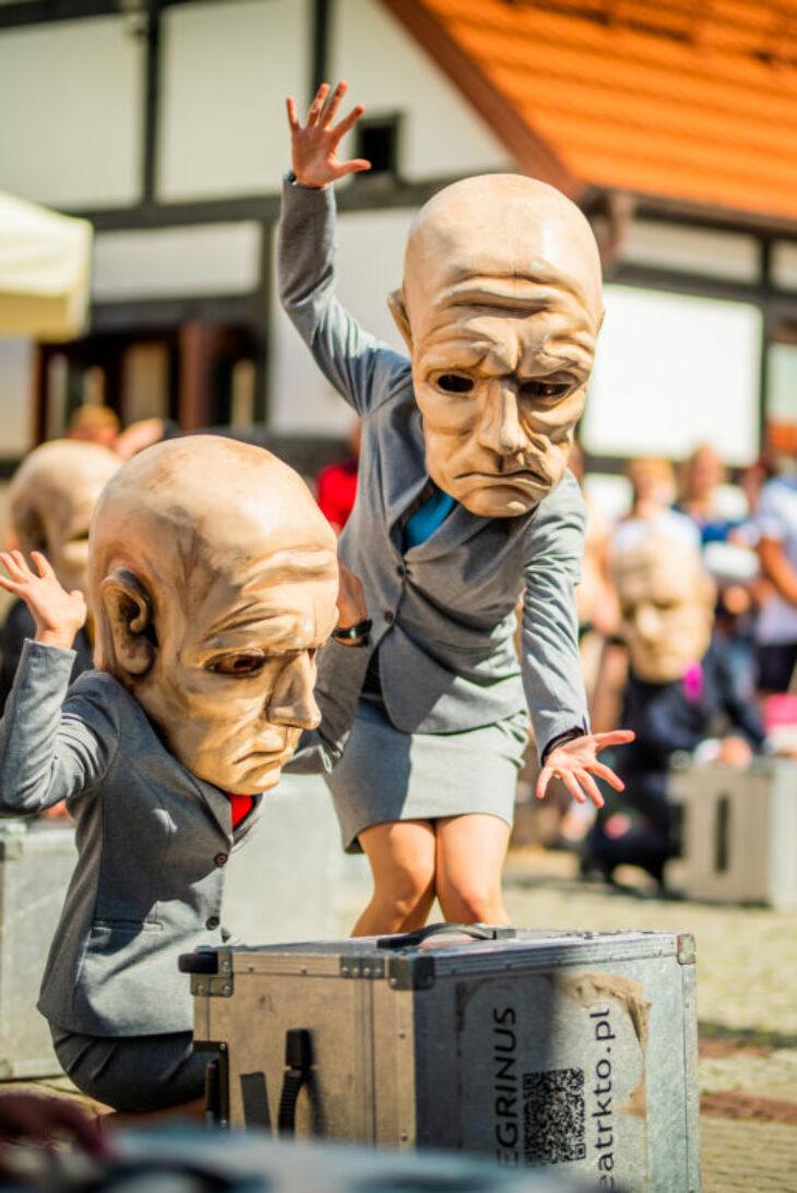 Festiwal Bez Kurtyny - Plenerowe Spotkania Teatralne w Ełku