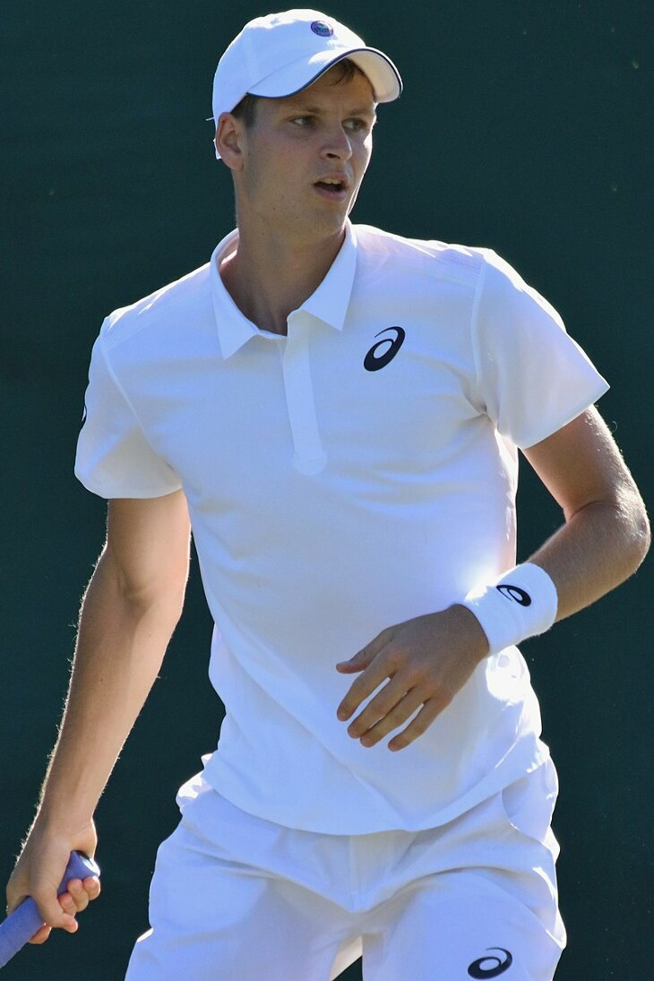 Wimbledon: Hubert Hurkacz pokonał legendarnego Rogera Federera