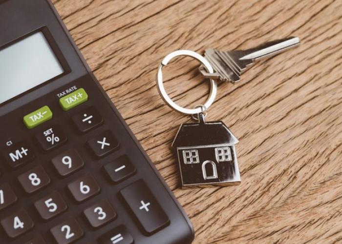 Jak kształtują się ceny mieszkań w Łomży?