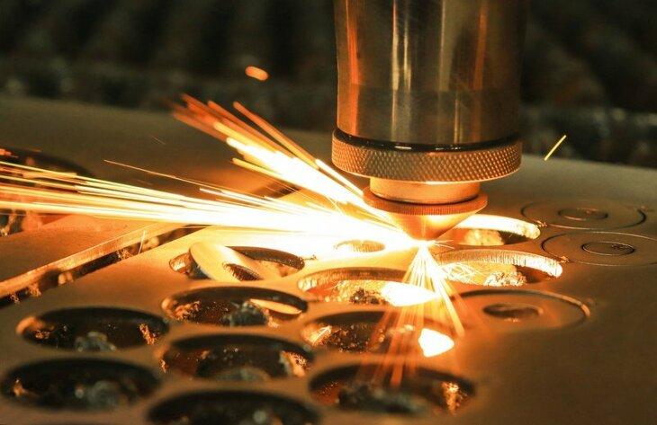 Co warto wiedzieć na temat laserowego cięcia blach?