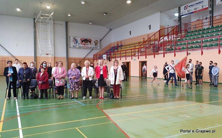 SP 2 uczciła rocznicę zsyłki Polaków na Syberię
