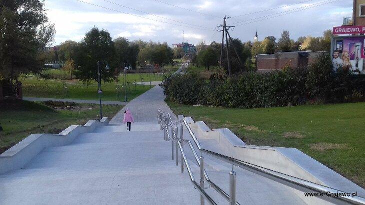 Schody do Parku Solidarności zostały wyremontowane