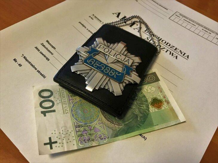 Chciał przekupić policjantów z drogówki za 100 zł