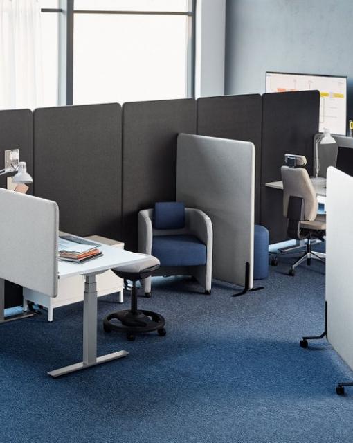 Ergonomiczne biurko - niezbędny element wyposażenia każdego biura
