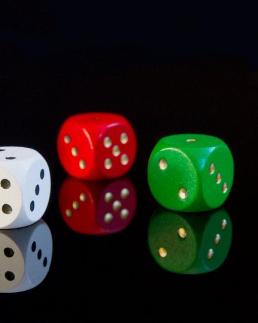 Psychologia hazardu: dlaczego ludzie grają?