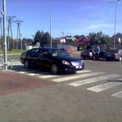 64. Mistrzostwo w parkowaniu.. Pani w średnim wieku na zakupach w TESCO.