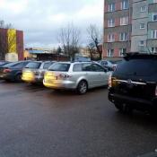 122.  Mazda lgnie do Mazdy :)