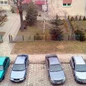 126. I tak codziennie parkują i idą po dziecko do przedszkola. ...