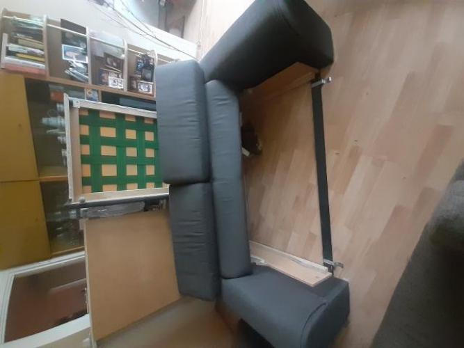 Grajewo ogłoszenia: Sprzedam sofę 3 osobową z pufą