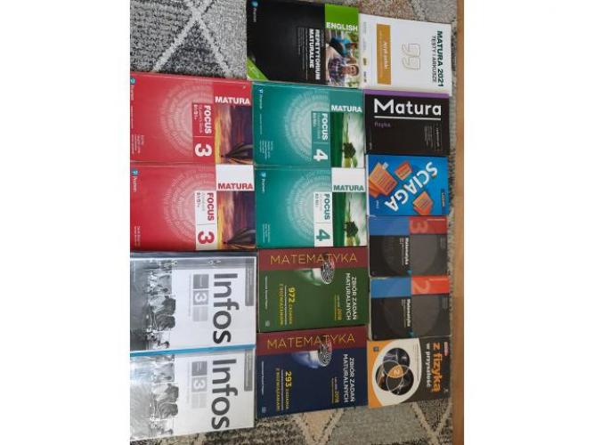 Grajewo ogłoszenia: Sprzedam książki - dobra jakość !!  testy i arkusze polski:...