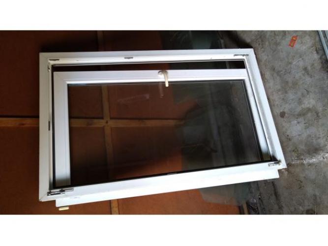 Grajewo ogłoszenia: Sprzedam okno PCV firmy Stollar. Wymiar ramy 86,5 x 143,5cm. Cena...