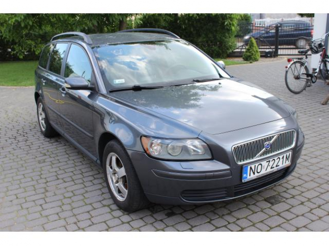 Grajewo ogłoszenia: Sprzedam Volvo V50 1.8 Benzyna . Samochód w ciągłej eksploatacji...