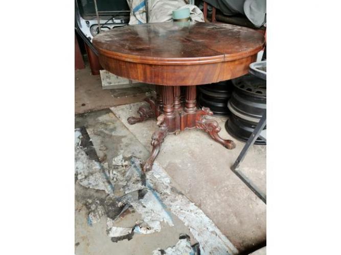 Grajewo ogłoszenia: Stół z blatem do odrestaurowania