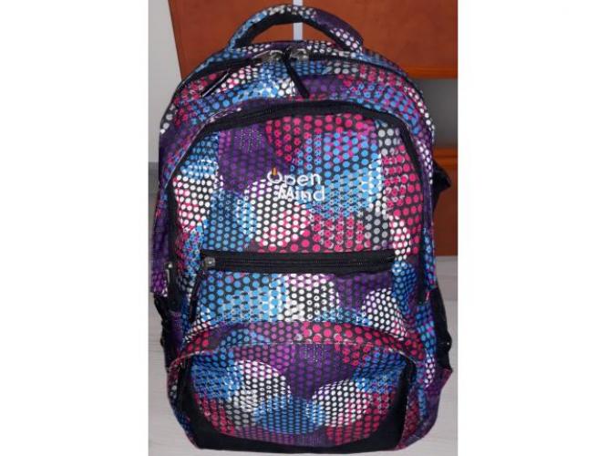 Grajewo ogłoszenia: Sprzedam dwa plecaki dziewczęce Cena za jeden 50zl
