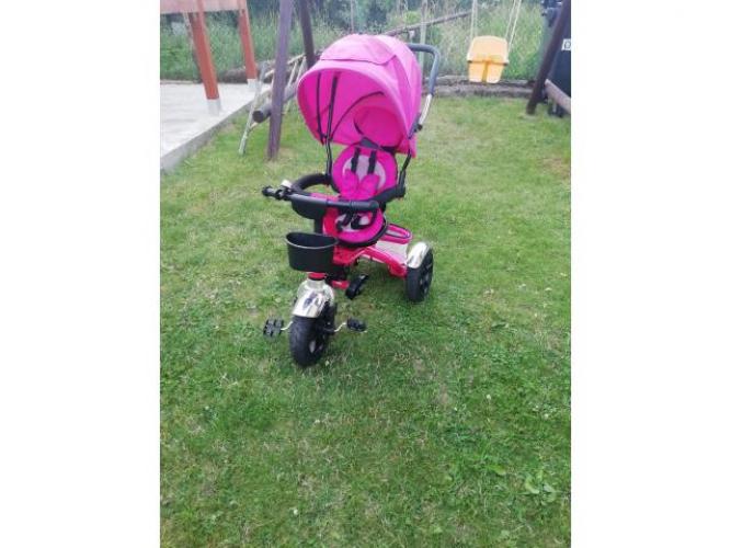 Grajewo ogłoszenia: Sprzedam rowerek dziecięcy 3 kołowy z daszkiem na pompowanych...
