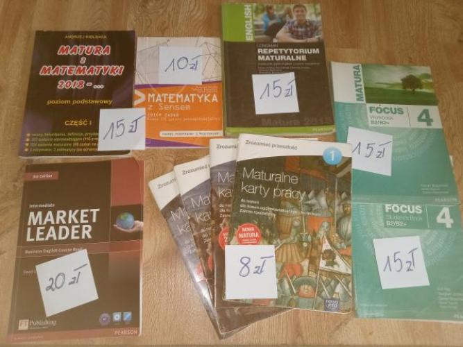 Grajewo ogłoszenia: Sprzedam książki widoczne na zdjęciu.  * Maturalne karty pracy...