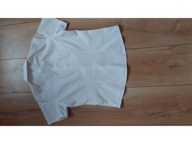 Grajewo ogłoszenia: Sprzedam białe koszule eleganckie w rozmiarach od 98-128,...