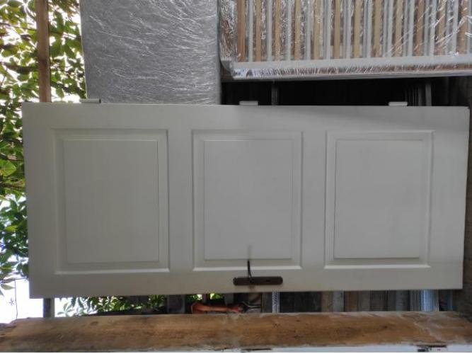 Grajewo ogłoszenia: Sprzedam stare, odnowione drewniane drzwi (90 cm, prawe) z futryną...