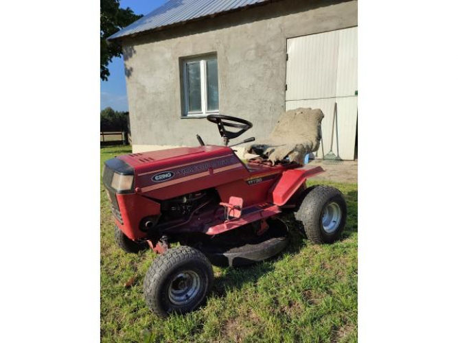 Grajewo ogłoszenia: Sprzedam Traktorek Ering R7611 S do małego remontu. Silnik 11HP
