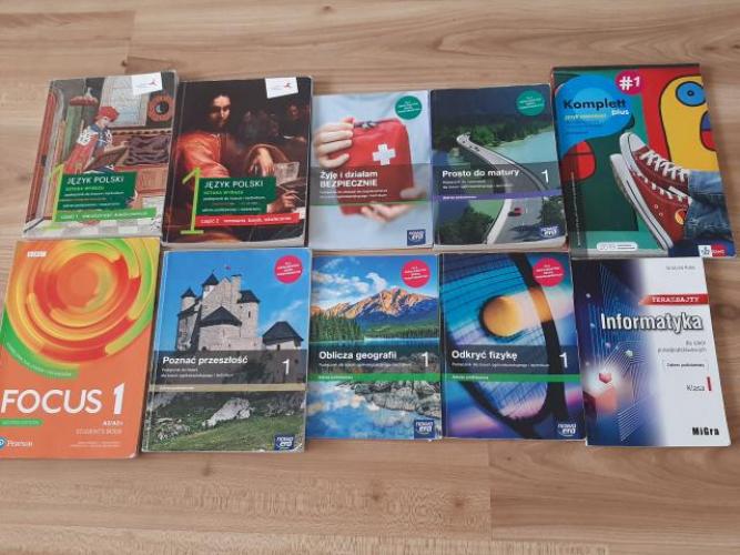 Grajewo ogłoszenia: Sprzedam książki widoczne na zdjęciu do klasy 1 technikum...