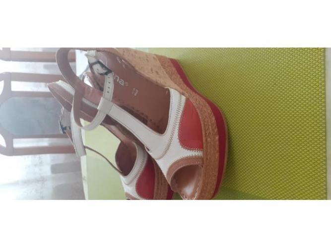 Grajewo ogłoszenia: Sprzedam raz założone sandaly na koturnie 100% skóra, solidnie...