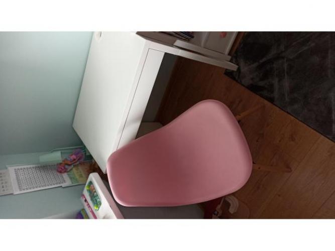 Grajewo ogłoszenia: Sprzedam biureczko Ikea Micke oraz krzesełko Ikea. Odpowiednie dla...