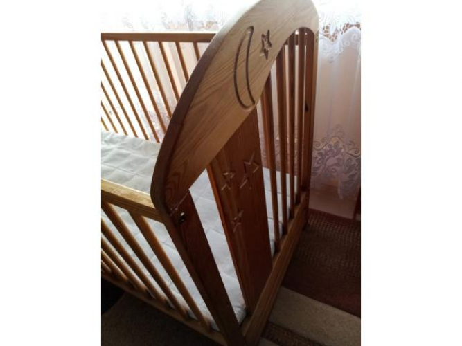Grajewo ogłoszenia: Sprzedam łóżeczko dziecięce o wymiarach 124x64cm razem z...
