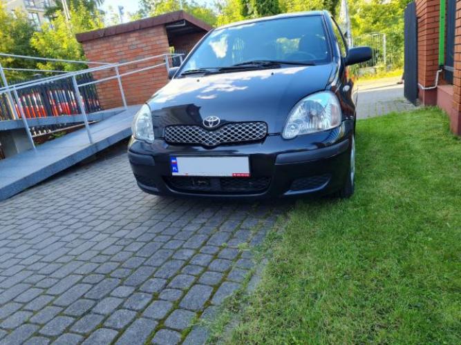 Grajewo ogłoszenia: Sprzedam Toyotę Yaris 1.0 2005r.  156 000 km 998 cm3  Benzyna....