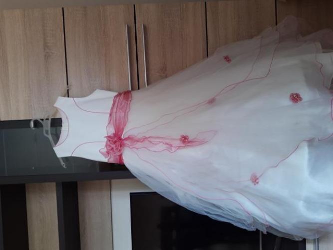 Grajewo ogłoszenia: Sprzedam sukienkę, rozmiar: 12, długość:103, pas: 35.
