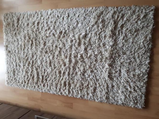 Grajewo ogłoszenia: Sprzedam dywan w kolorze beżowym, wymiary 80x150, stan bdb.