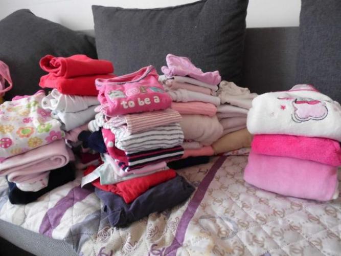 Grajewo ogłoszenia: Sprzedam pakę ubranek dla dziewczynki r. 68. Nie wszystkie są...