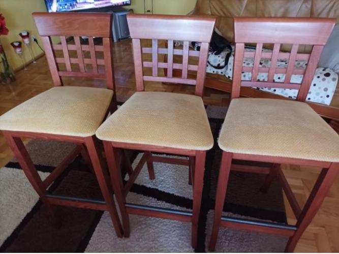 Grajewo ogłoszenia: Sprzedam 3 krzesła barowe w bardzo dobrym stanie. Krzesła są...