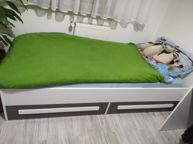 Grajewo ogłoszenia: Sprzedam młodzieżowe łóżko białe z szarymi szufladami,...