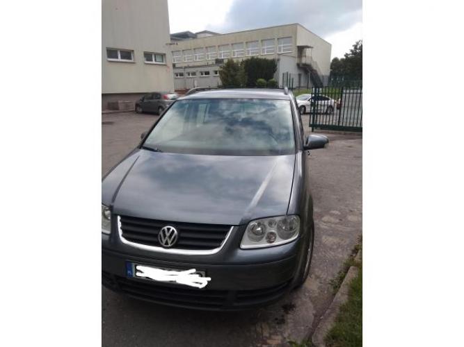 Grajewo ogłoszenia: Sprzedam VW Touran, 1.9tdi,2006r.,300 tys km, wymieniona...