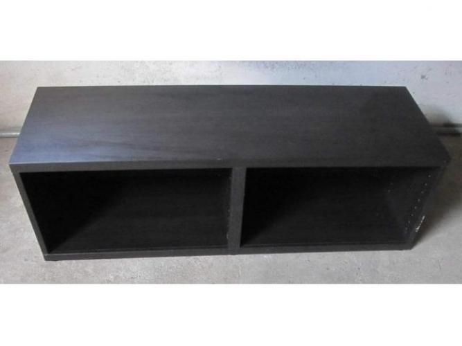 Grajewo ogłoszenia: Szafka pod telewizor Sprzedam używaną szafkę pod telewizor w...
