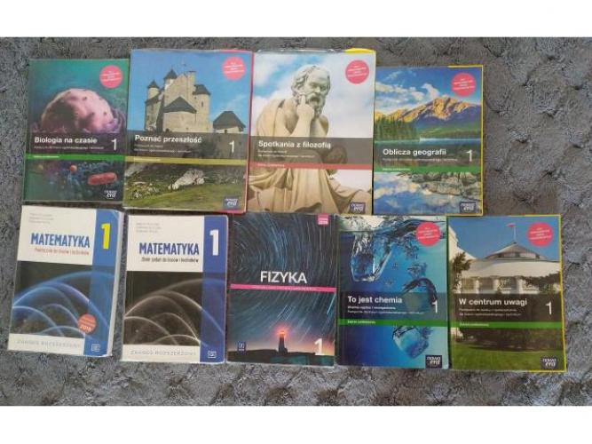 Grajewo ogłoszenia: Sprzedam podręczniki do 1 klasy LO mat.-fiz. Cena 25 zł. za sztukę.