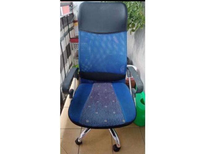 Grajewo ogłoszenia: Oddam fotel obrotowy za darmo . Tel 509 211 214 Grajewo