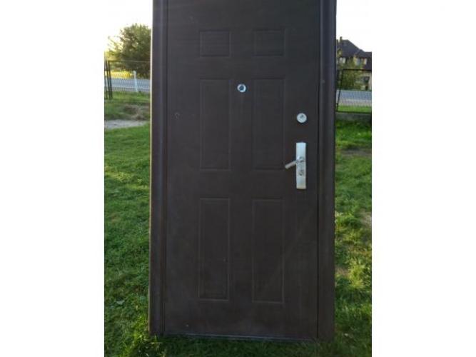 Grajewo ogłoszenia: Sprzedam drzwi wejściowe. Cena D/U.