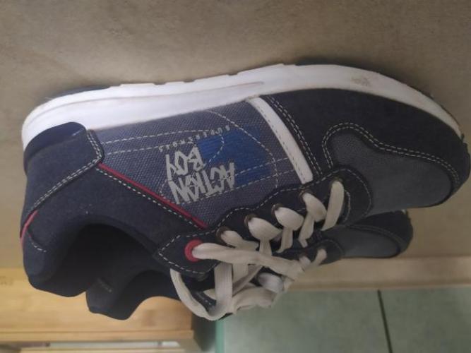Grajewo ogłoszenia: Sprzedam obuwie sportowe dla chłopca rozm. 37 . Stan idealny.