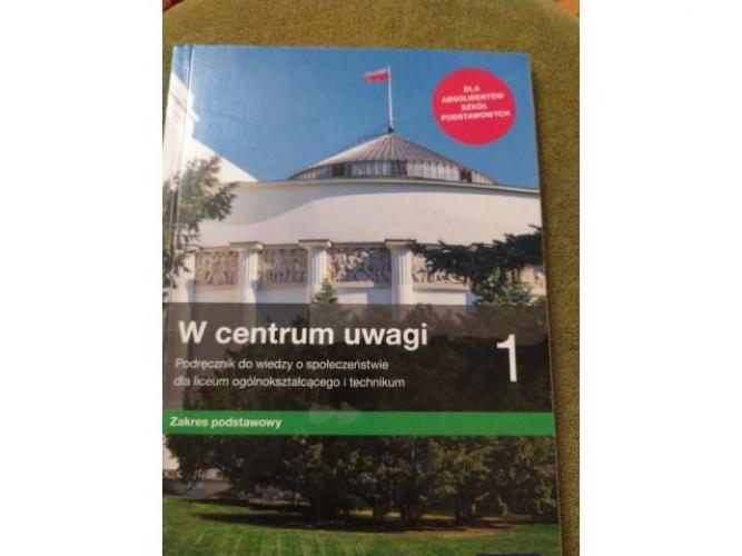Grajewo ogłoszenia: Sprzedam książkę do WOSu - W centrum uwagi 1 i W centrum uwagi...