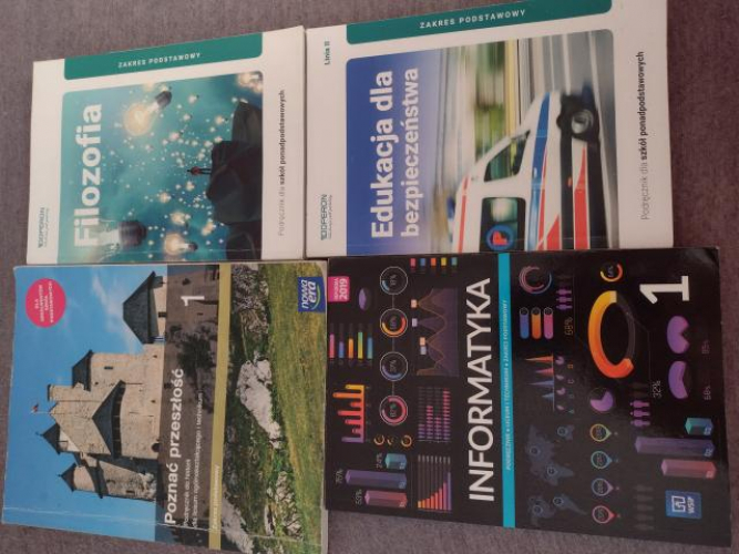 Grajewo ogłoszenia: Sprzedam książki do  pierwszej klasy technikum i liceum. Historia...