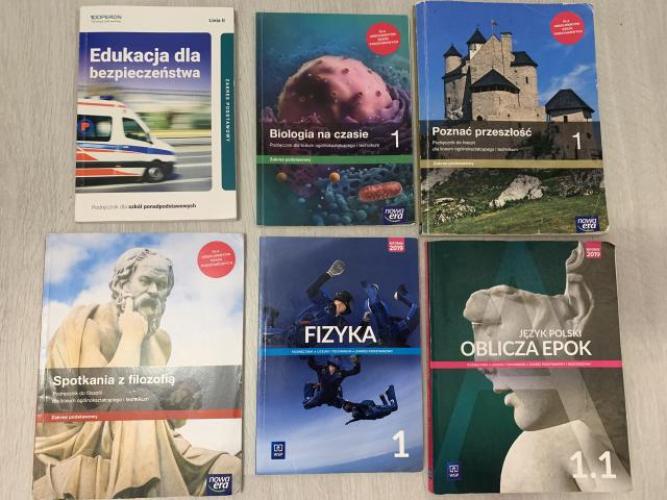 Grajewo ogłoszenia: Sprzedam podręczniki widoczne na zdjęciu. Edukacja dla...