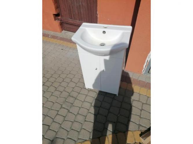 Grajewo ogłoszenia: Sprzedam szafkę z umywalką i baterią