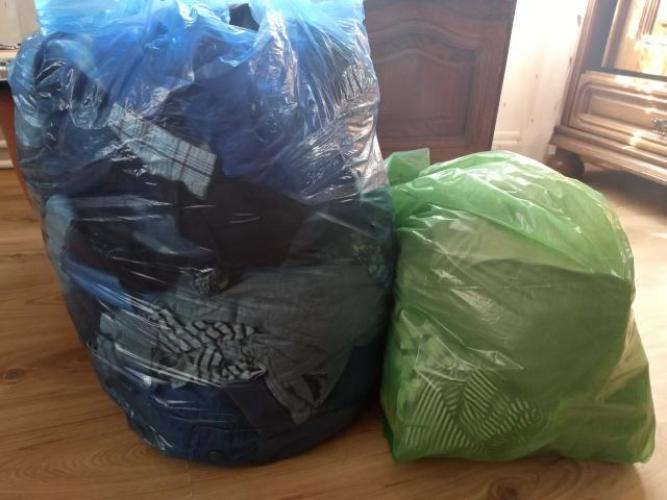 Grajewo ogłoszenia: Sprzedam ubrania dla dziewczynki rozmiar 110 mega paka,-150 zł...